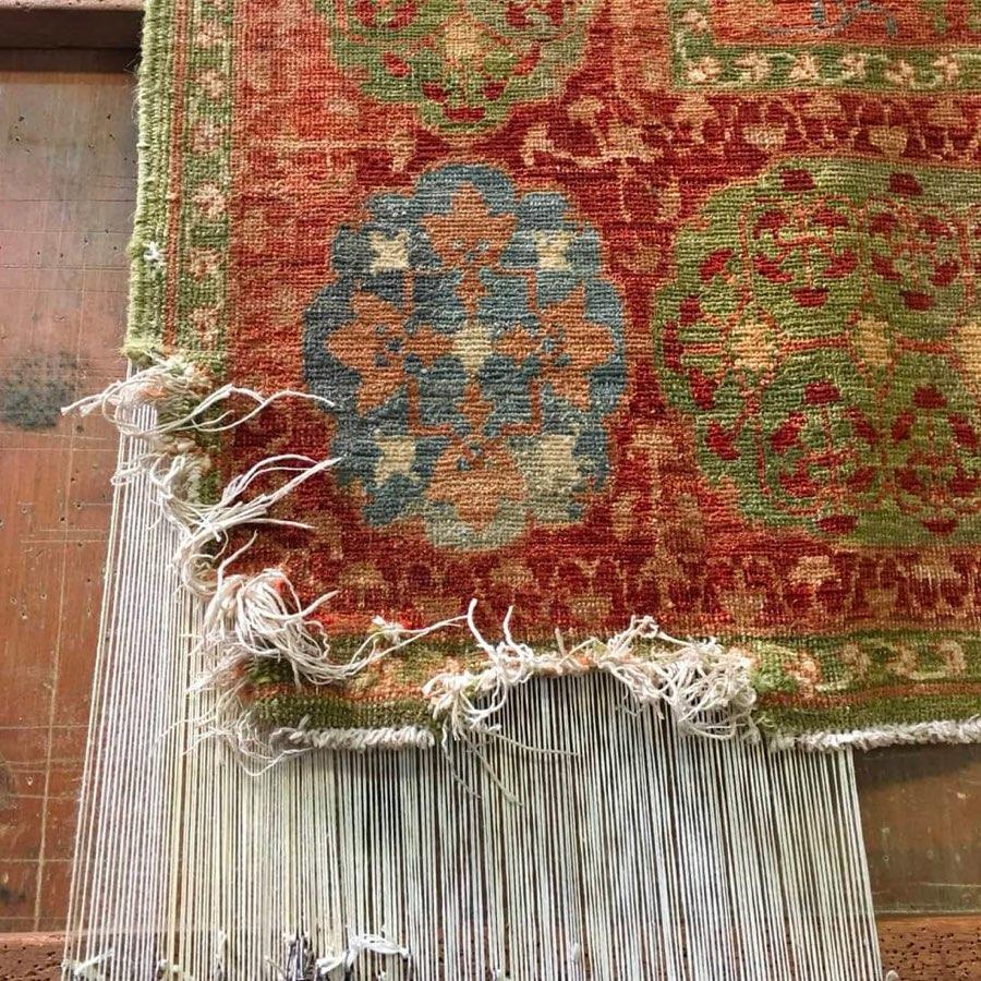 restoring a hand-knotted Mamluk design rug